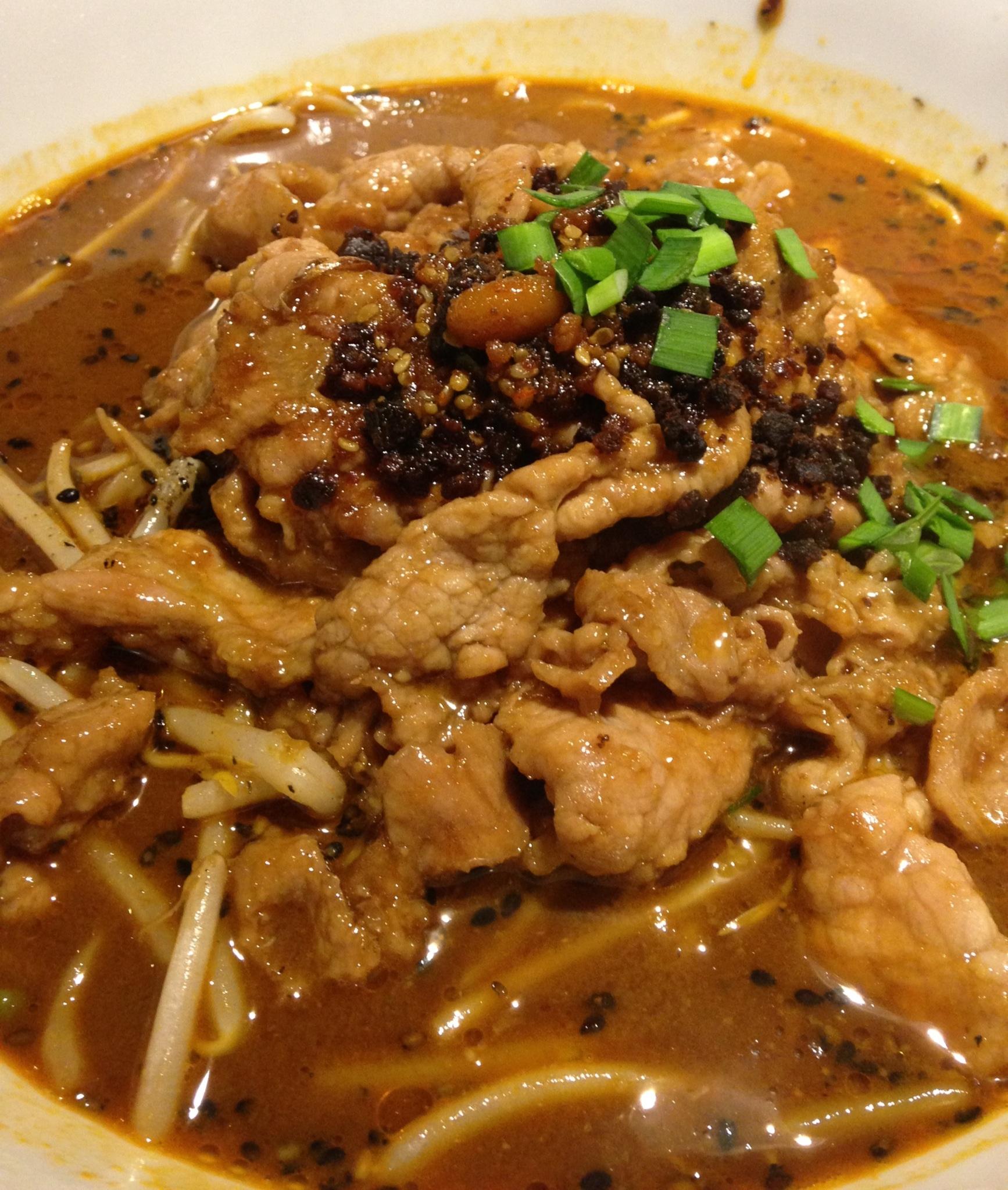 肉入り坦々麺