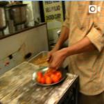【インド〜ネパール旅動画「コロンキー少年」(22話)大衆路地】