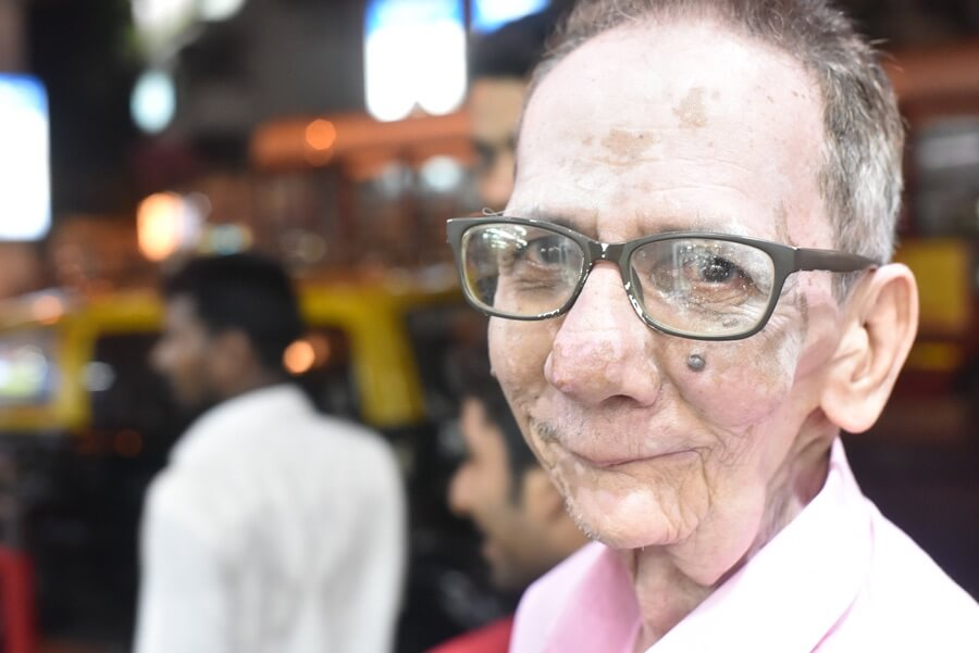 An old man who taught me the destination to Churchgate station in Andeheli in Mumbai