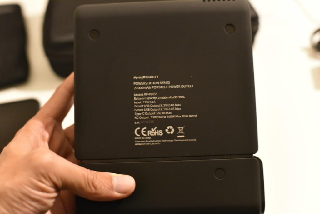 「電圧等々」RAVPOWER 『ポータブル電源 RAVPower 27000mAh-RP-PB055 / 100W 予備電源 パソコン バッテリー(MacBookPro2016対応)