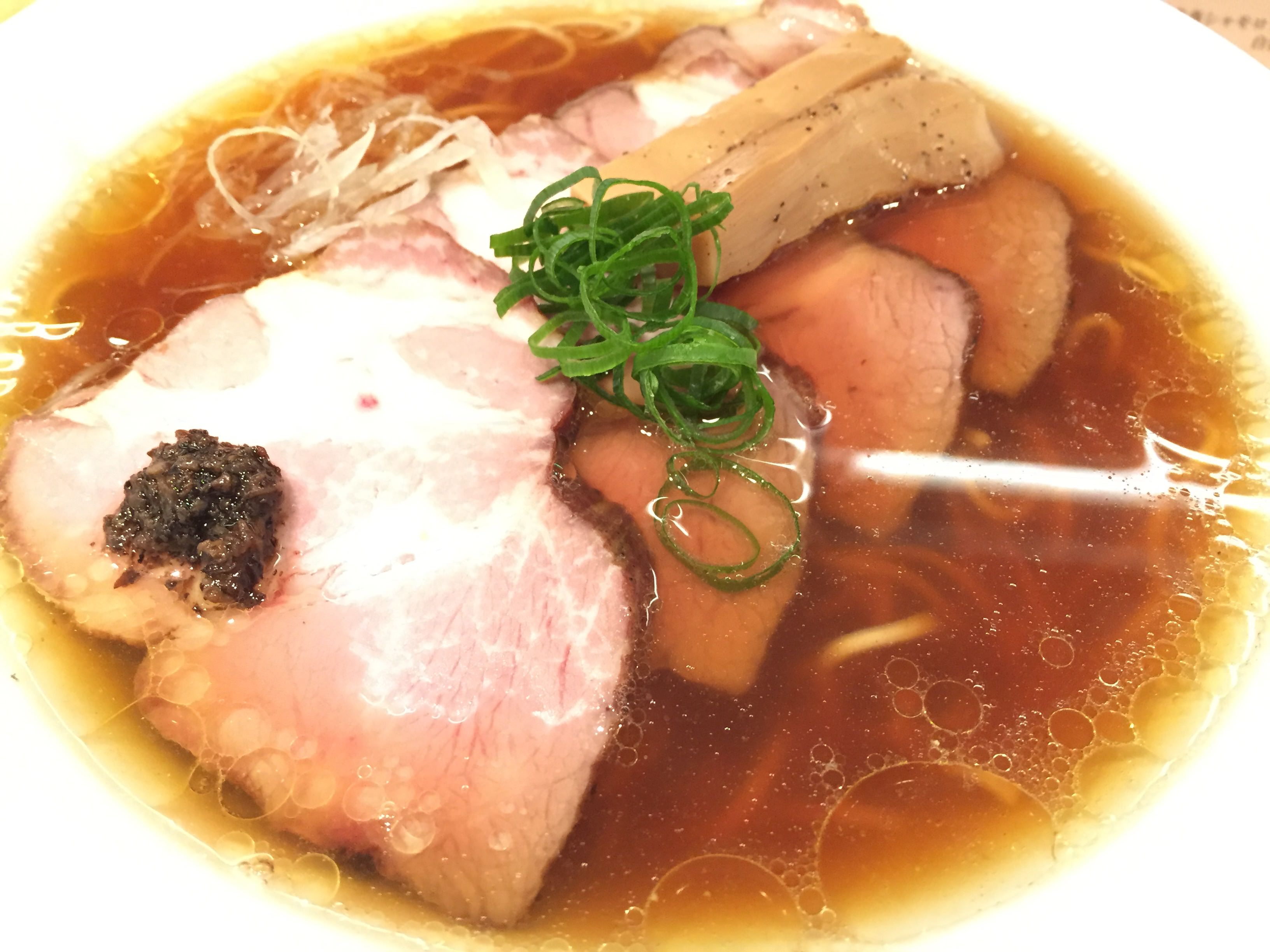 ラーメン蔦(巣鴨)「焼豚醤油ラーメン