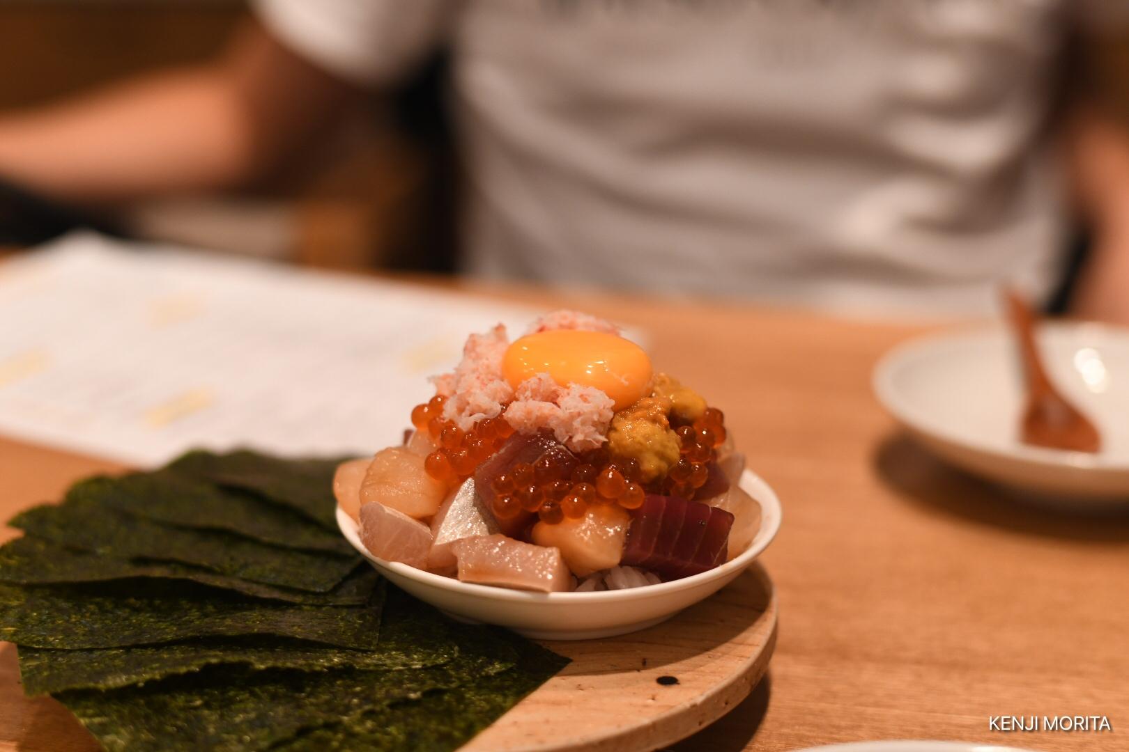 ばくだんという料理が美味しかった。中目黒ハカタホタル