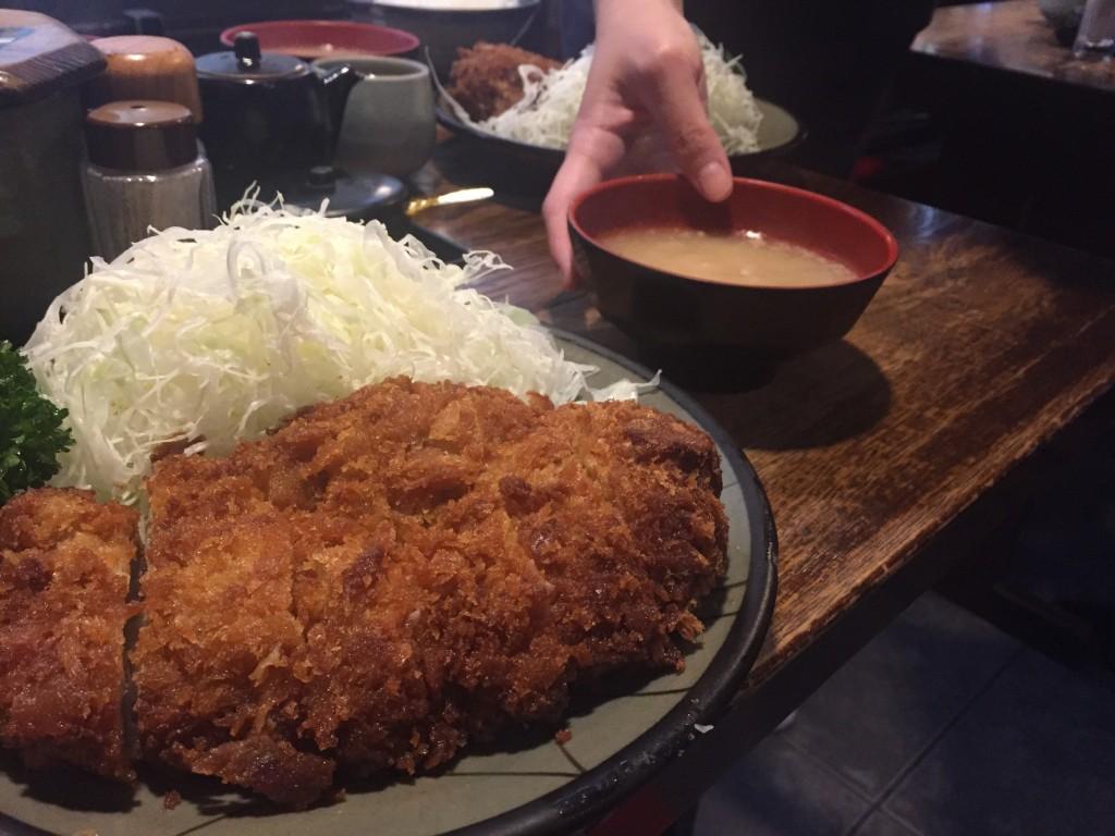 新宿でとんかつが一番美味しいお店豚珍館