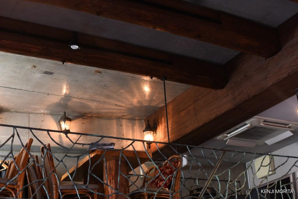 店内は二階もあっていい感じの雰囲気でした【行って来た】四谷信濃町にあるスリランカカレー「バンダラ ランカ」